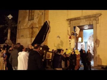 La Madonna incontra Gesù morto